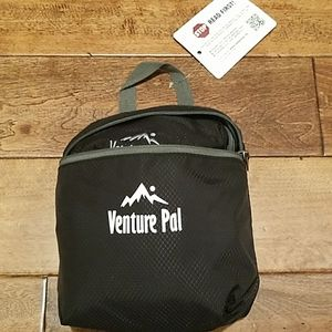 Venture pal lightweight travel backpack